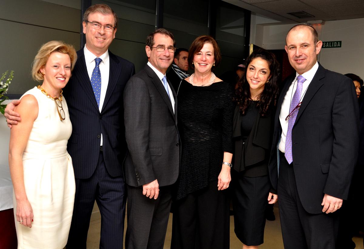 Algunos de los miembros de la Junta Directiva actual durante un homenaje.